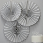 Висяща декорация - Metallic Perfection - Сребърни ветрила